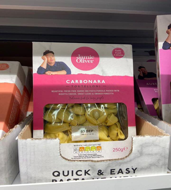 Tortelloni alla carbonara di Jamie Oliver, Regno Unito