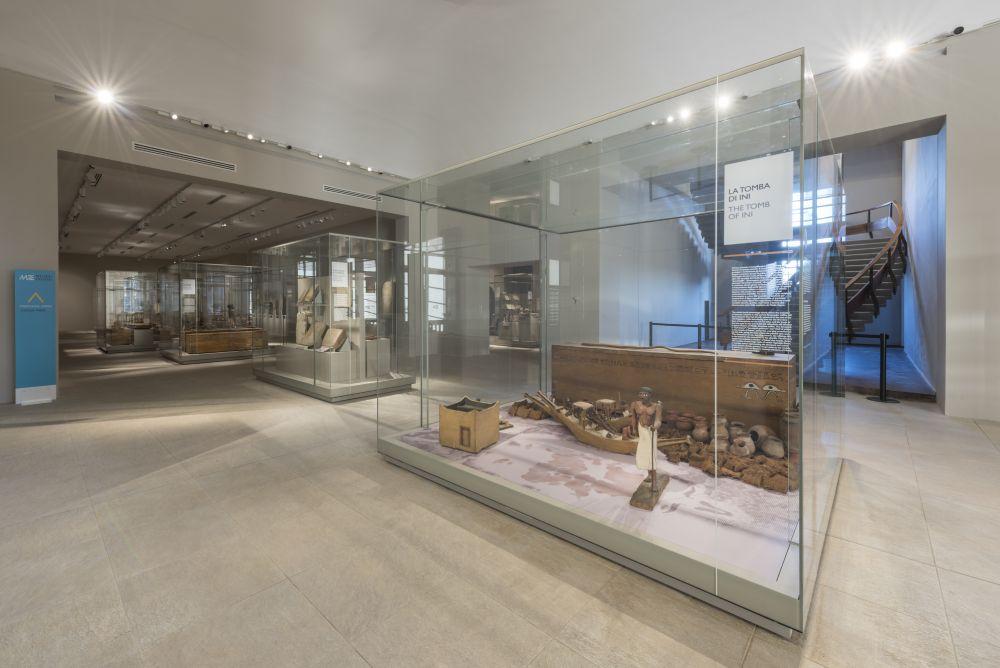 Sala con reperti del Medio Regno, foto Museo Egizio Torino
