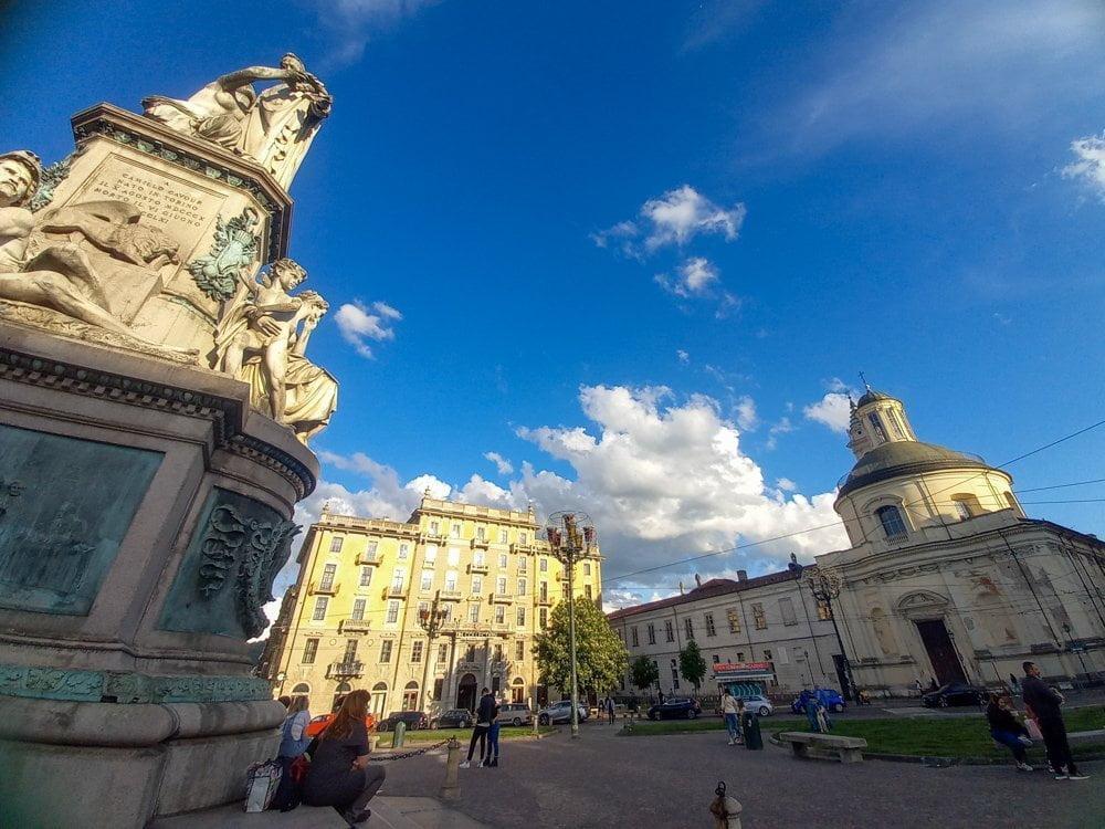 Piazza Carlo Emanuele II a Torino, detta Piazza Carlina