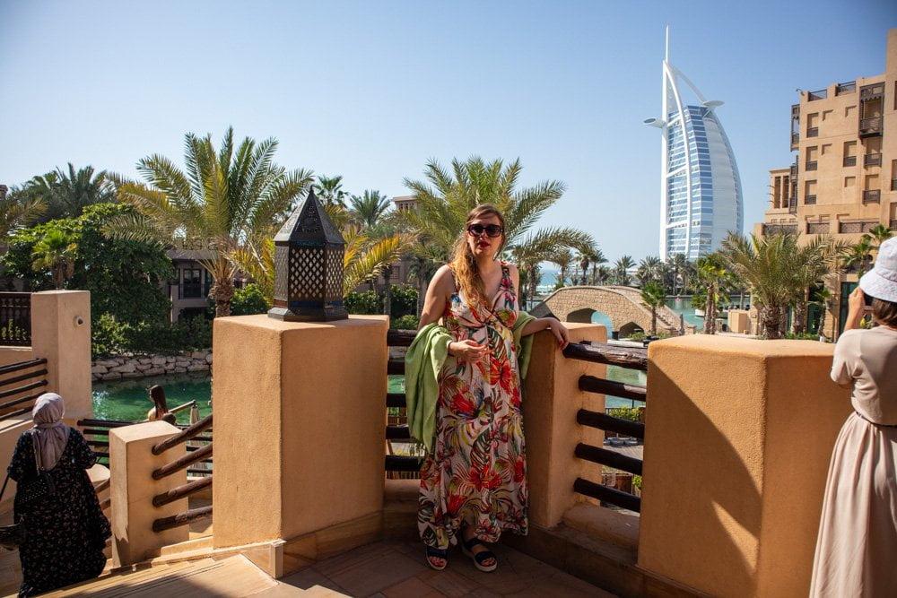 Paola Bertoni al centro commerciale Souk Madinat di Dubai