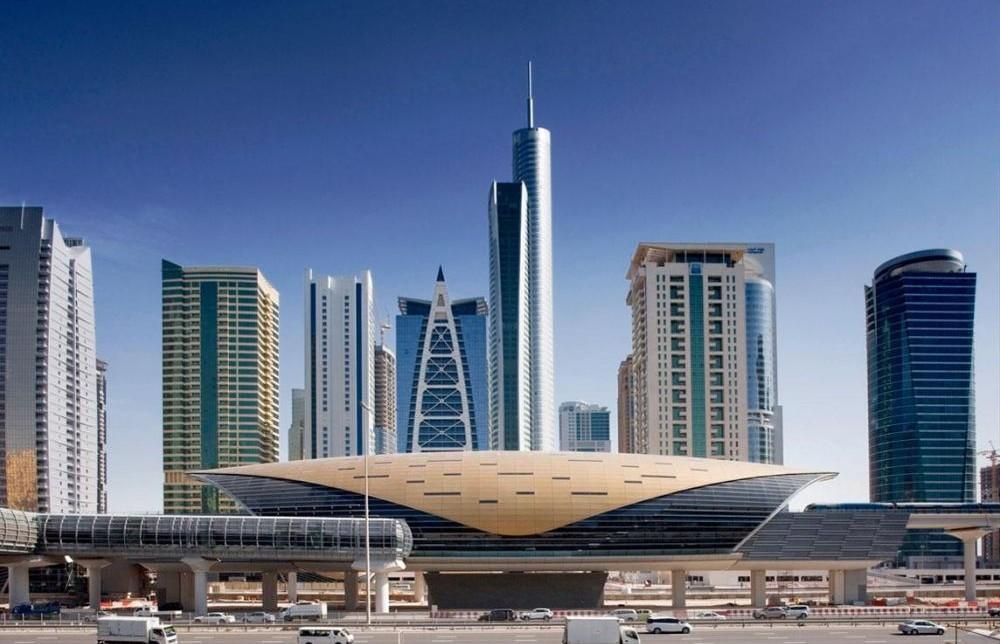 Stazione della metropolitana di Dubai, foto Architype Review