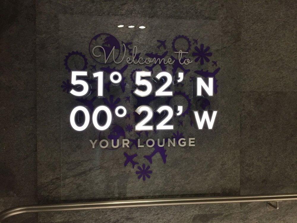 L'ingresso dell'Aspire Executive Lounge dell'aeroporto di Londra Luton