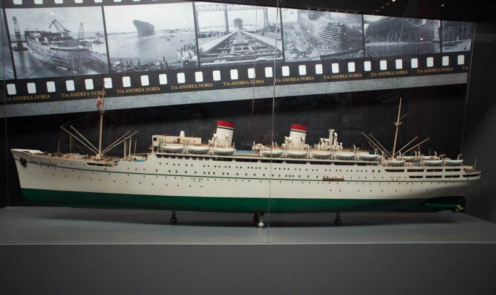Riproduzione del transatlantico Andrea Doria al Galata Museo del Mare di Genova