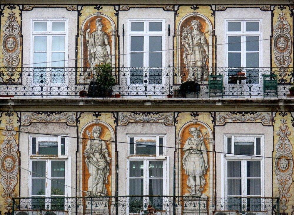 Casa do Ferreira de Tabuletas a Lisbona decorata con azulejos