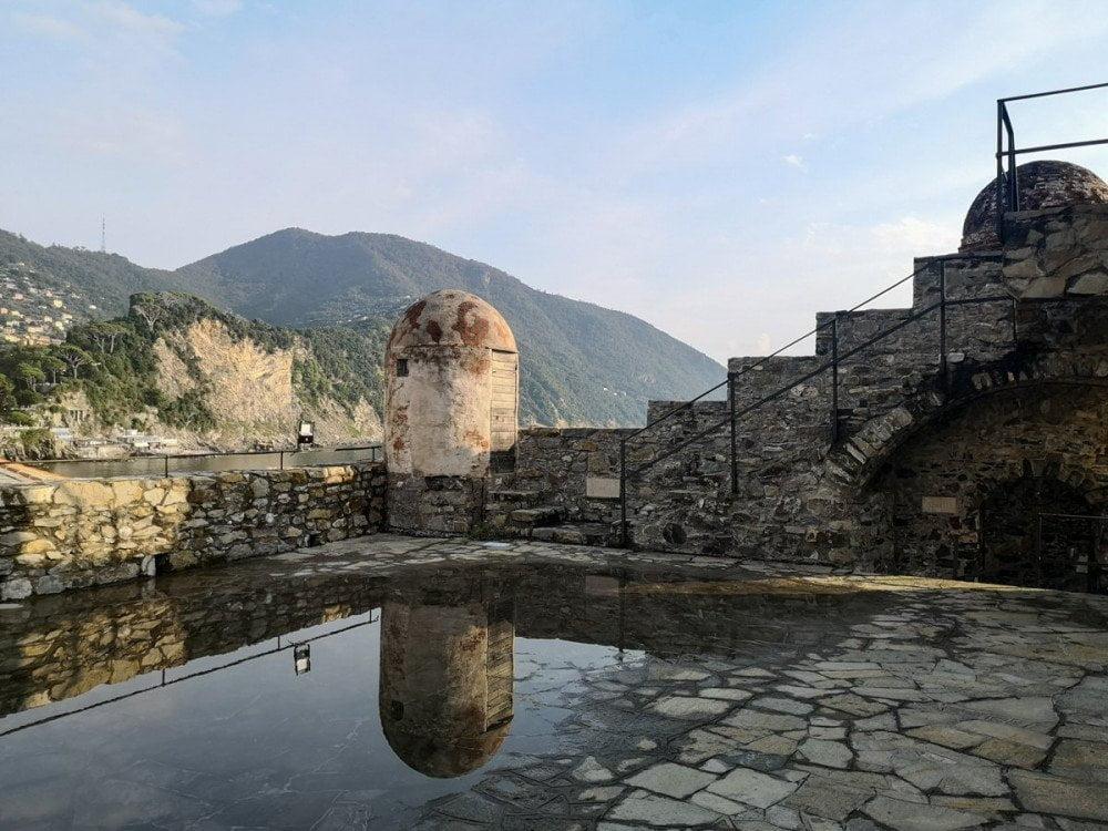 Terrazza panoramica del Castello della Dragonara a Camogli