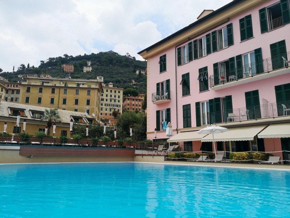 Piscina di acqua salata dell'hotel Cenobio dei Dogi di Camogli