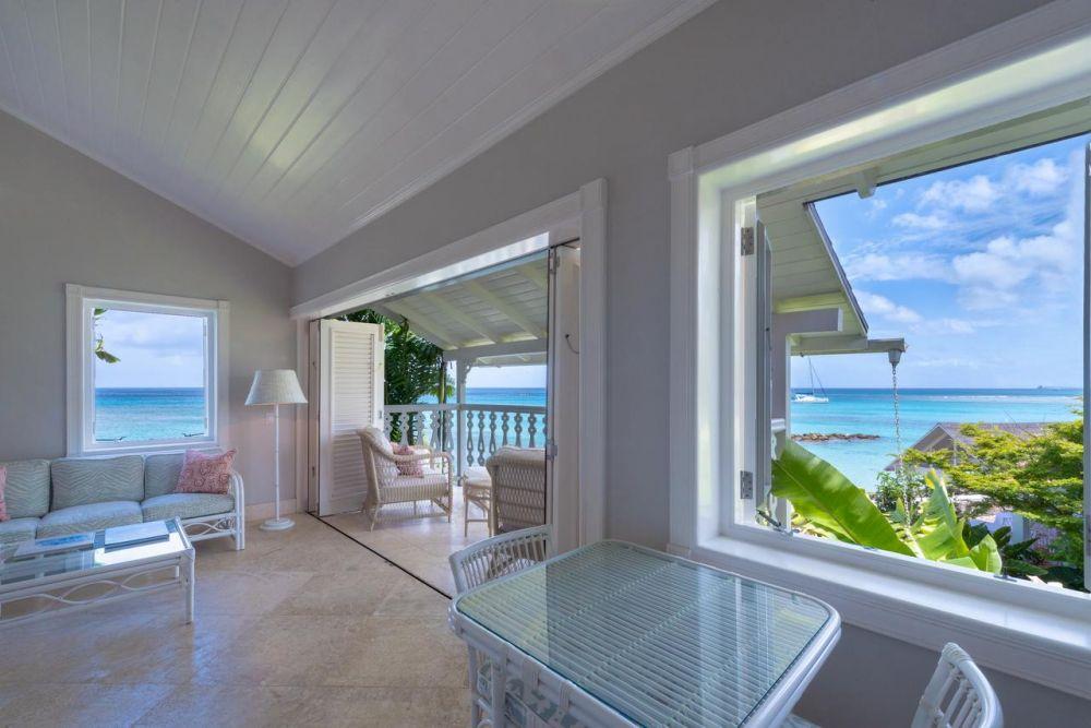 La veranda del Cobblers Clove Hotel a Barbados
