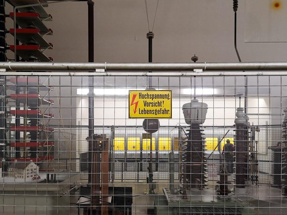 Una parte dell'area dedicata all'elettricità al Deutsches Museum di Monaco di Baviera