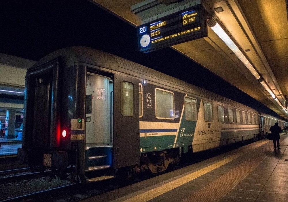 Intercity Notte di Trenitalia Torino-Napoli
