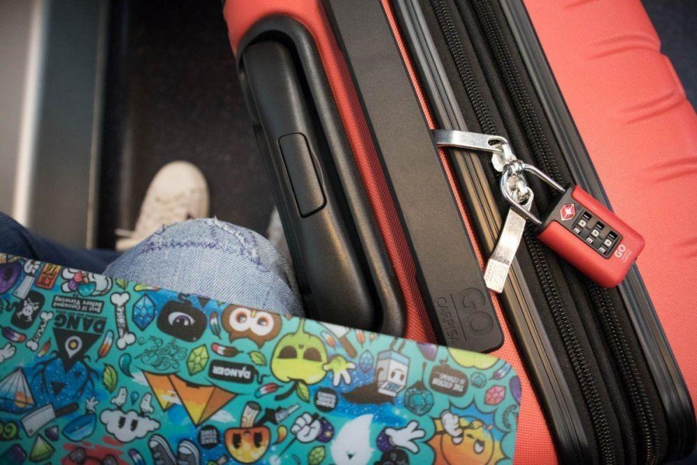 Valigia Carpisa Gotech con lucchetto TSA