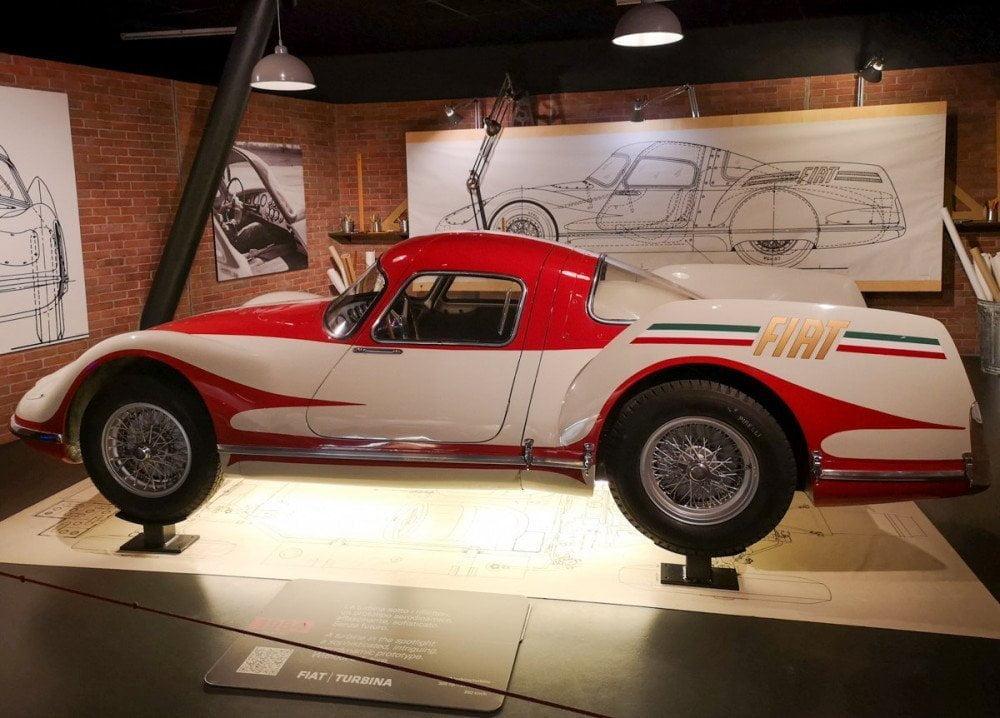 Prototipo dell'auto Fiat Turbina al Museo dell'Automobile di Torino