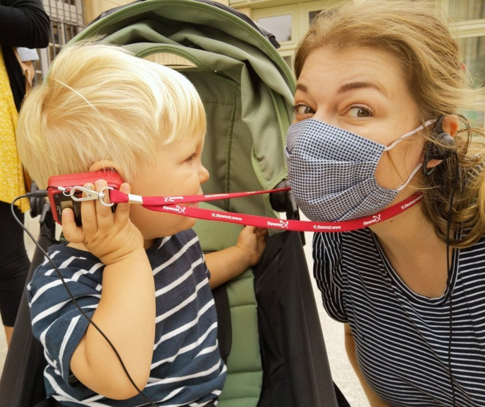 Paola Bertoni e figlio durante la visita guidata di Digione