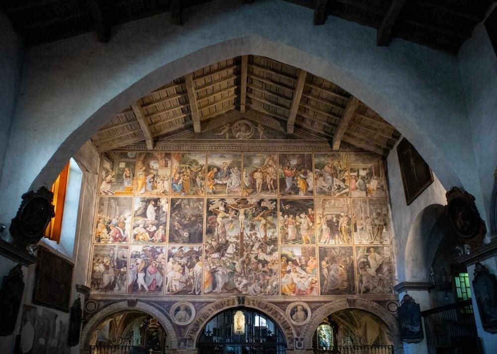 La parete gaudenziana nella chiesa di Santa Maria delle Grazie di Varallo Sesia