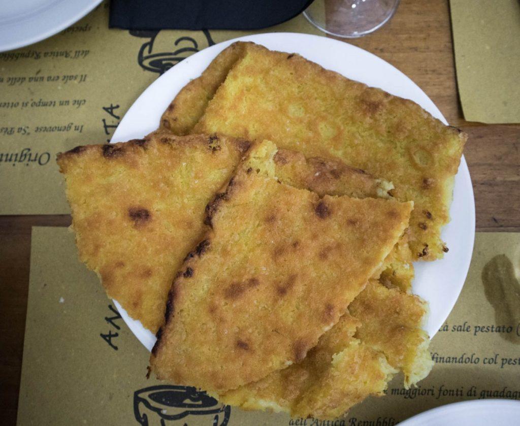 Farinata da Sa' Pesta a Genova
