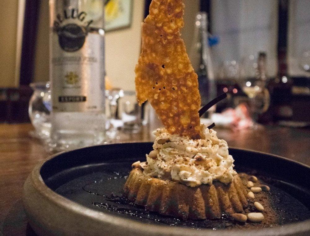 Cheesecake tvorozhnik ai pinoli siberiani al ristorante Sibiriaki di Torino