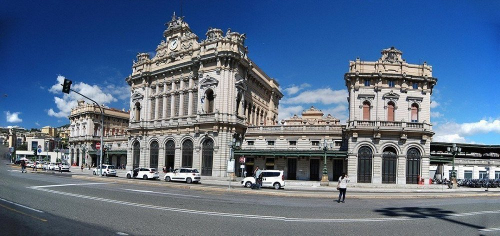 Stazione ferroviaria Genova Brignole