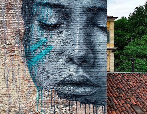 Murales Goal 6: Clean Water and Sanitation di Hula a Torino per il progetto di arte urbana TOward 2030