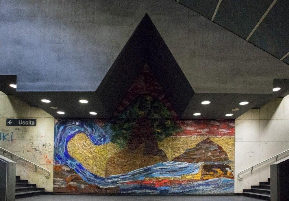 Mosaico di Isabella Ducrot alla fermata Vanvitelli della metropolitana di Napoli