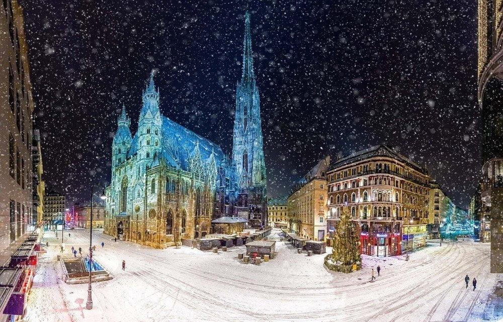 Vienna a Natale sotto la neve